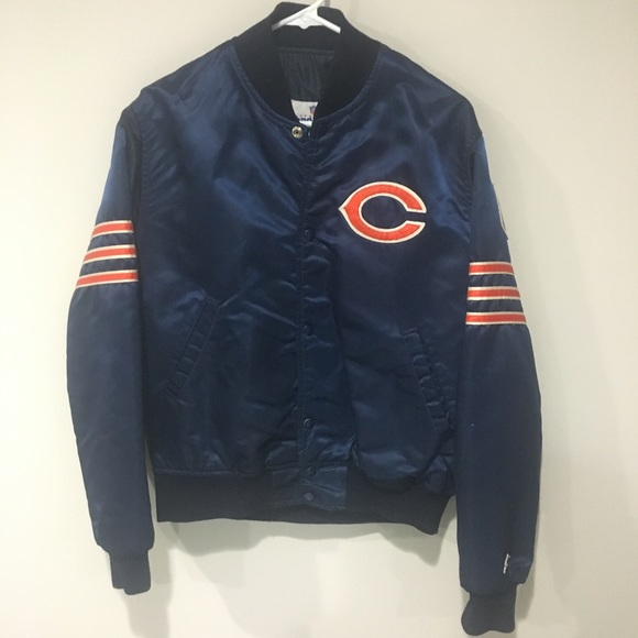 bc572a661bf Vintage Chicago Bears Starter Jacket Size M. M 5bf55ae5aaa5b84d1f5f922d